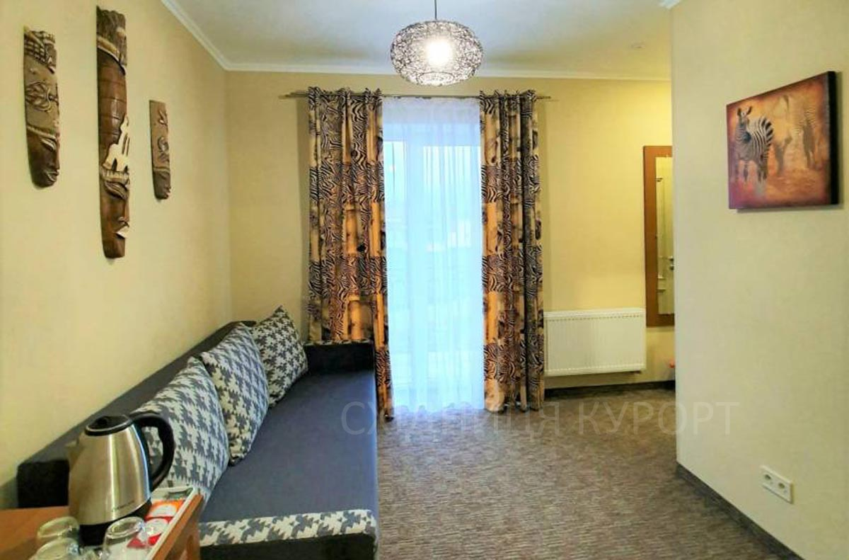 люкс отель Поезия Мандров Сходница